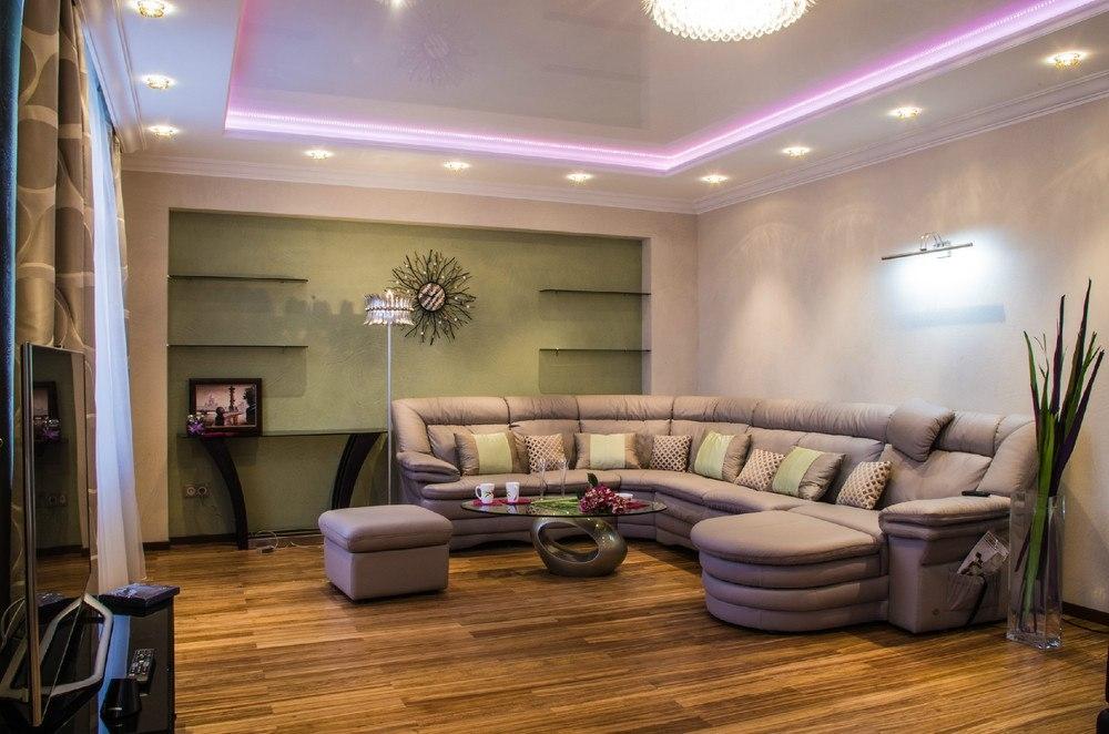 Дизайн гостиной в угловой квартире