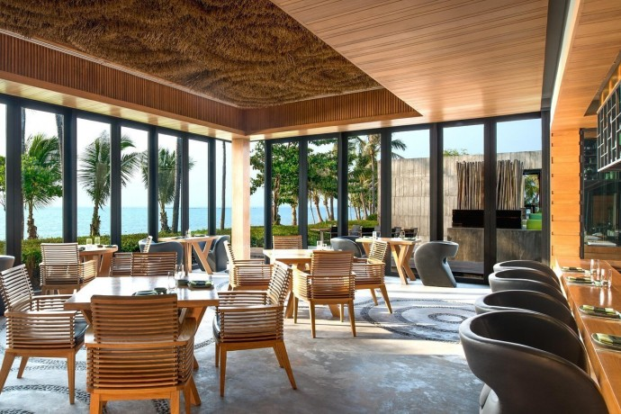 Отель W Retreat Koh Samui на курорте Маенам, Таиланд 4