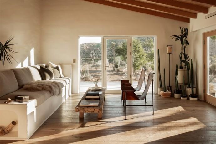 Дом фотографа и режиссера Магдалены Восинска в калифорнийской пустыне