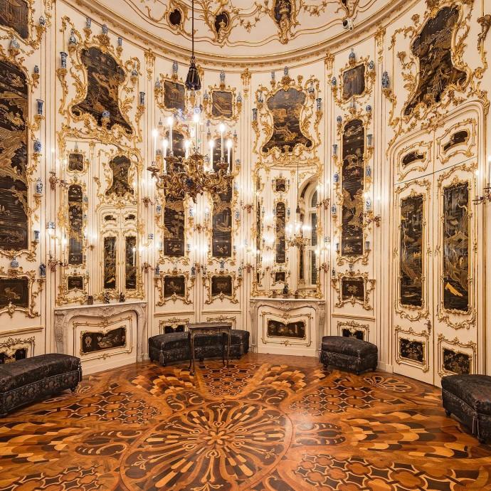 Дворец Шёнбрунн в Вене: летняя резиденция австрийских императоров династии Габсбургов